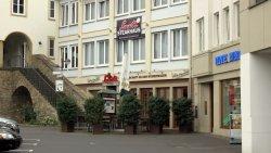 Loum Steakhaus