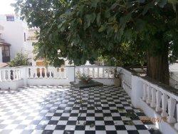 The Vakratsa Mansion
