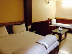 Hotel Rajhans Regency
