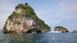 Los Arcos Sailing and Snorkeling