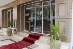 Hotel Azdif