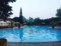 V Resort