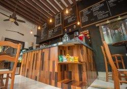 La Esquina Cafe-Restaurante