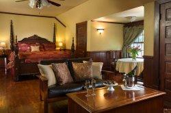Hilltop Manor Bed & Breakfast