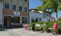 Eisgeliebt - Das Café am Schillerpaltz