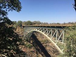جسر نهر زامبيزي