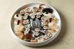 Hikari Sushi Bar