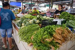 Mae Nam Morning Market