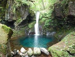 Oshiraji Falls