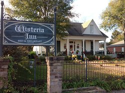 Wisteria Inn Bed and Breakfast
