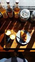 Short & Strong Cafe & Deli