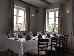 Restauranten indendørdørs