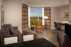Hilton Toronto / Markham Suites Conference Centre & Spa