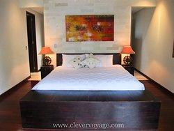 Villa 8 - Luxurious, spacious and peaceful beachfront 3 bedroom villa in Sanur