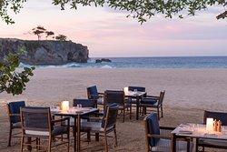 Amanera Beach Club Dining