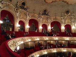 Komische Oper