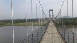 A desafiadora Ponte Pênsil