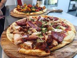 Boony's Restaurant And Pizzeria