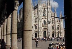 X Milan Tour