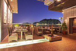Infinit Lounge Bar & Fine Dining