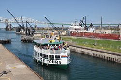 ‪Soo Locks Boat Tours‬