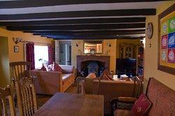 Rose and Thistle Inn