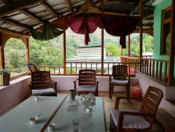 Khem Bharti Guest House