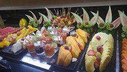 fruits at buffet