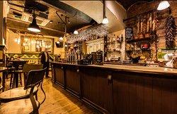 Old Tom's Bar