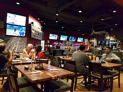 Oggi's Sports/Brewhouse/Pizza