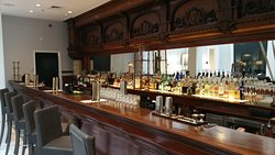 Toujouse Bar
