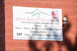 ‪Apple Ridge Orchards‬