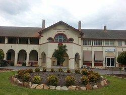 Historic Hydro Motor Inn