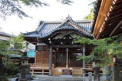 Jigen-in, Takuzosu Inari