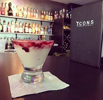 Icons Martini Bar