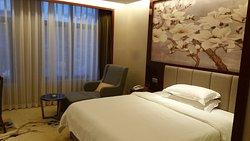 Yazhou Hotel