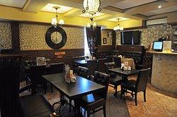 London Street Cafe