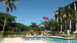 Ramada, West Palm Beach Airport, pool and courtyard