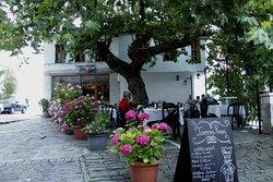Bar Restorant Rrapi