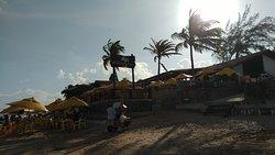 Praia e bar