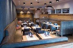 Nannis Cafe Restaurant