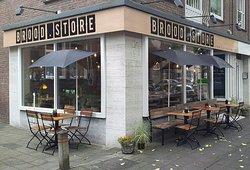 Brood Store
