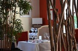 Le Clos De Pradines Restaurant