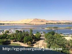 Mena Tour Guide Aswan Luxor