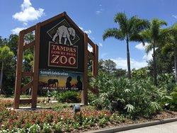 罗瑞公园动物园