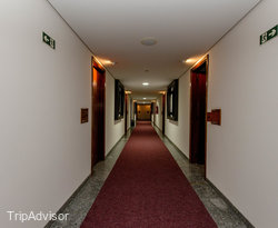 Rivieras Motel