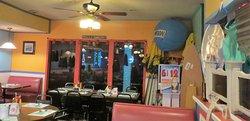Hal's Tri-Lakes Tavern