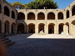 Museo arqueologico de Rodas