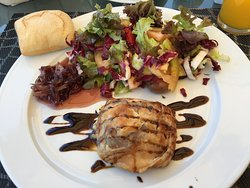 Goats cheese salad at 'clubhouse' - delicious
