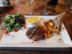 Filet pur du Limousin et sa sauce béarnaise.